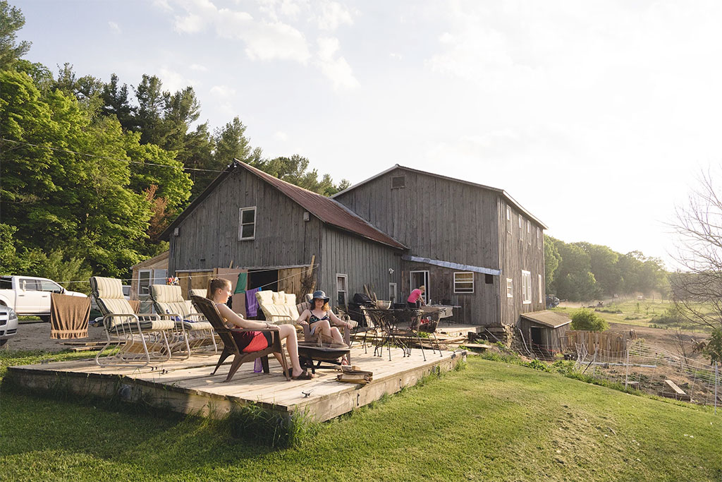 Airbnb Living & Sustainability With Purpose